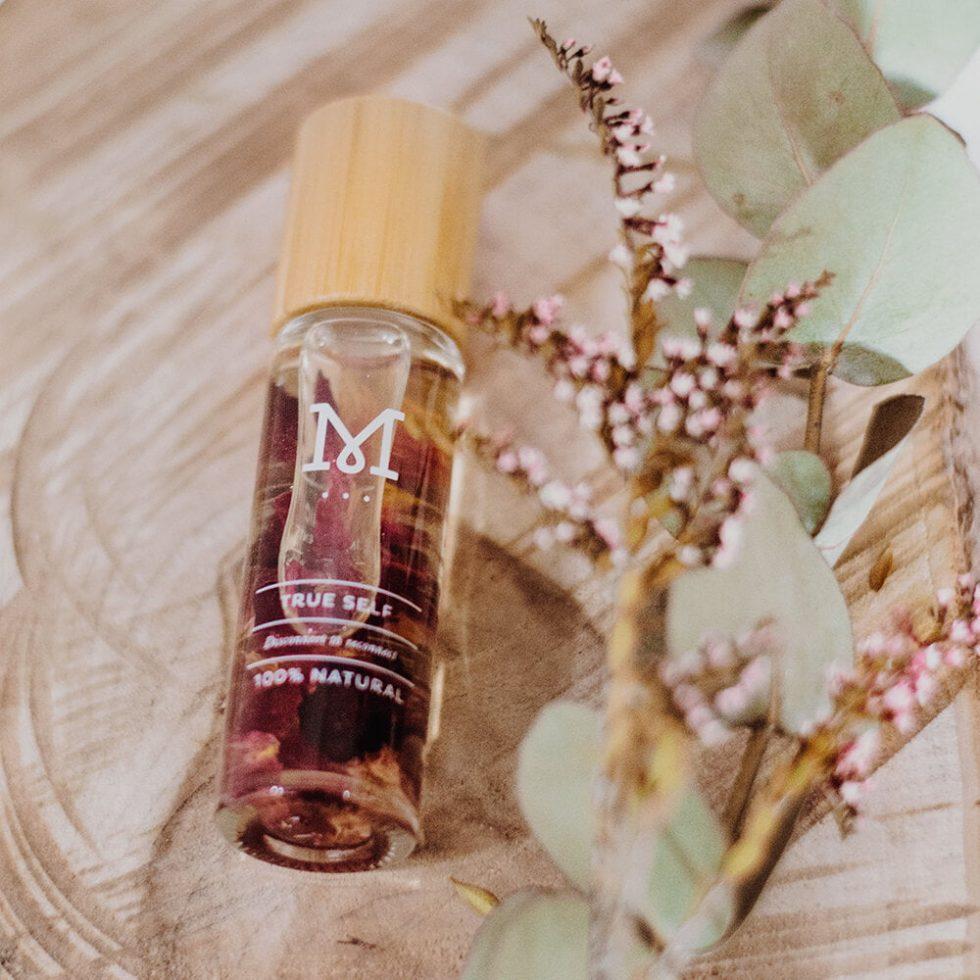 Mirosuna True Self Essential Roller Oil.jpg